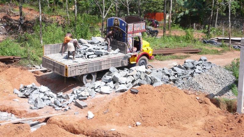 stone lorry.jpg